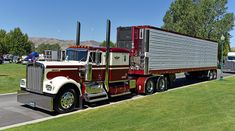 Kenworth Conventional with Matching Reefer