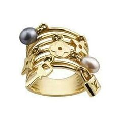 Celebrities who use a Louis Vuitton Yellow Gold Monogram and Pearl Charm Ring. Also discover the movies, TV shows, and events associated with Louis Vuitton Yellow Gold Monogram and Pearl Charm Ring. Bijoux Louis Vuitton, Louis Vuitton Earrings, Louis Vuitton Handbags, Lv Handbags, Handbags Online, Jewelry Trends, Jewelry Accessories, Fashion Accessories, Fashion Jewelry