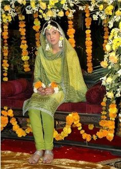 """Its a place to Discuss and share pictures of Latest ins and outs in """"Dulha & Dulhan """" Wedding Suits, Decor, Party, Casual and Trendy Wears. Romantic Love Pictures, Wedding Pictures, Wedding Ideas, Mehndi Function, Bridal Mehndi Dresses, Wedding Suits, Wedding Dresses, Bridal Fashion, Womens Fashion"""