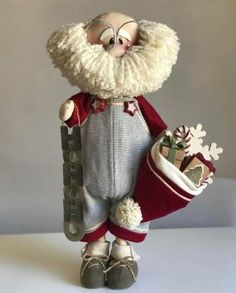 Do you love making crafts? Have you ever wished that you could make money selling your crafts? Christmas Elf Doll, Christmas Sewing, Christmas Diy, Christmas Crafts, Christmas Decorations, Sewing To Sell, Crafts To Make And Sell, Craft Patterns, Fabric Crafts