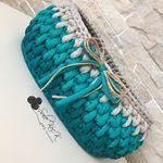 Bu sepetim de nişan için yaptırıldı güzel günlerde kullanılsın 😊 böyle hayırlı işlerde işimin olması beni çok mutlu ediyor ☺️💙 . . . . #örmeyiseviyorum #handmade #elemegi #spagetti #spagettiyarn #yarn #crochet #supla #ribbonip #ribbonipsupla #ribbon #banyopaspası #paspas #aksesuar #makyajkutusu #makyajsepeti #banyosepeti #bebek #bebeksepeti #penye #keşfet #nofilter #likes