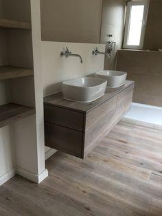 Waschtischunterschrank in Eiche-Massivholz-Vintage-Look