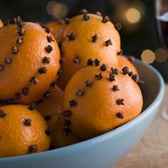 Bowl of Clove Studded Satsumas Stock Photo - 3602988 Anti Mites, Homemade Air Freshener, Essential Oil Uses, Craft Fairs, Home Remedies, Watermelon, Christmas Decorations, Fruit, Breakfast