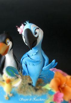 Bird from Rio Movie Fondant Toppers, Fondant Cakes, Cupcake Cakes, Crazy Cakes, Fancy Cakes, Sugar Paste, Gum Paste, Rio Cake, Disney Pixar