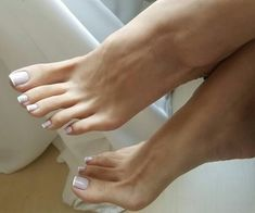Classy feet Miss Audrey Pretty Toe Nails, Sexy Nails, Sexy Toes, Pretty Toes, Feet Soles, Women's Feet, Nice Toes, French Pedicure, Foot Pics