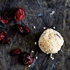 Reis-Nuss-Balls mit Cranberrys Rezept