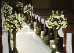 Resultado de imagem para decoração de casamento na igreja branca