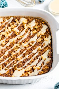 This gingerbread baked oatmeal makes for a cozy breakfast with warm spices and molasses. It's super easy to whip up gluten-free and vegan. Real Food Recipes, Cooking Recipes, Yummy Food, Drink Recipes, Healthy Recipes, Breakfast Specials, Bird Food, Food Stamps, Gluten Free Breakfasts