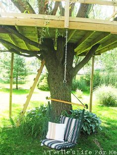 Tree Fort with a Swing! - A Turtle's Life for Me