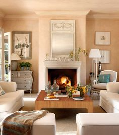 Stylish New Home Small Living Rooms, Home Living Room, Living Room Decor, Living Spaces, Interior Pastel, Chimney Decor, Custom Home Designs, House Inside, Home Decor Inspiration