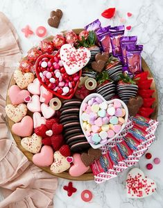 Easy Valentine's Dessert Boards! Perfect for Valentine's Day Parties! Valentine Desserts, Valentines Day Food, Valentine Treats, Valentines Day Decorations, Mini Desserts, Holiday Treats, Valentines Recipes, Valentine Party, Easter Treats