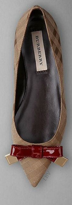 Burberry Prorsum AW14 | LBV S14 ♥✤ - love these classic Burberry print pointed flats...x