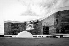 Brasilia Tribunal Superior Eleitoral | Oscar Niemeyer | Image © Gonzalo Viramonte