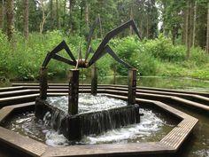 Het Belevenissenbos is het grootste, avontuurlijkste en meest leerzame bos van Nederland. Kom met de kids een dagje ...