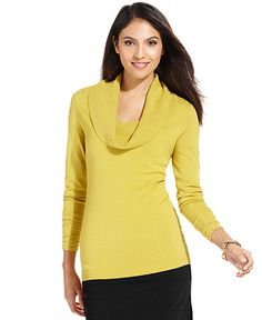 love these turtlenecks in all colors!