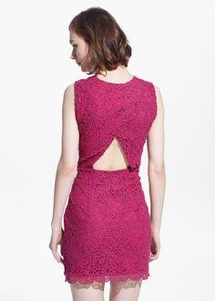 Guipure jurk met uitsnijding