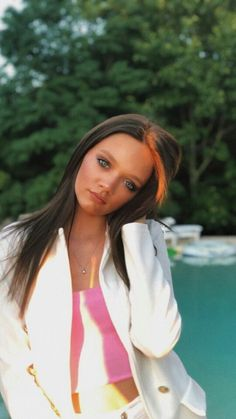 Daisy Tomlinson, Tomlinson Family, Louis Tomlinson, Felicite Tomlinson, Louis Williams, Celebs, Celebrities, Beauty Queens, Girl Face