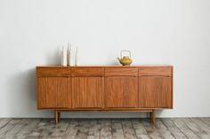 CHLOROSクロロスLeaf-handleリビングワイドキャビネット(サイドボード)/teak【サイドボード,キッチンボード】 Decor, Storage, Cabinet, Furniture, Interior, Credenza, Home Decor