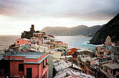 the view from my 45$ airbnb in vernazza || Click on the photo to discover the most incredible destinations with us :)