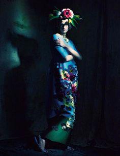 cool Vogue Itália Março 2014 | Saskia de Brauw por Paolo Roversi  [Editorial]