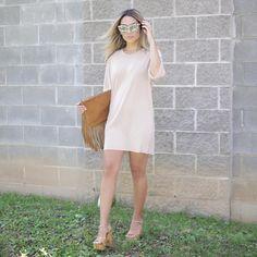 Alex garza en mini vestido