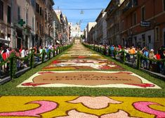 Three of Italy's Best Infiorata Festivals. The Tradition of Making Carpets of Flowers | ITALY Magazine