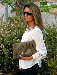 Fashion and Style Blog / Blog de Moda . Post: Sequins In My Neck/Lentejuelas en mi Cuello See more/ Más fotos en : http://www.ohmylooks.com/?p=3066 OhMyLooks by Silvia García Blanco