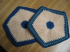 Old Fashioned Potholders~~~free pattern & easy skill level