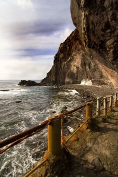 abandoned - path,beach,house,Galdar,Gran Canaria,Canary islands
