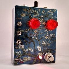 """Capture the tone of the original MuTron III in this handmade pedal. The noiseKICK FX Almond Blossom takes the elusive vintage circuit and brings it into the 21st century with a few modern conveniences. This compact pedal measures at approximately 4.7"""" x 3.7"""". Top mounted jacks will save on pedal board space. This pedal requires a sing 9v plug (standard center negative) but still runs at 18volts, just like the original Mu-Tron, thanks to the build in charge pump. This pedal is wired fo"""
