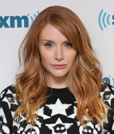 These Are the Hottest Hair Color Trends for Fall Check out all of the autumnal hair inspo you could ever need here. Hair Inspo, Hair Inspiration, Red Hair Looks, Copper Blonde, Bright Red Hair, Hot Hair Colors, Blonde Hair With Highlights, Anti Ride, Natural Redhead
