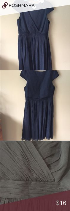 J. Crew Navy Blue Silk Dress Lovely silk dress with zipper, lined. 👗👚👜Check out the $6 section of my closet (before the sold items). Lots of bundle-worthy $6 items! 15% bundle discount on 2+ items in a bundle.🚫NO TRADES🚫 J. Crew Dresses