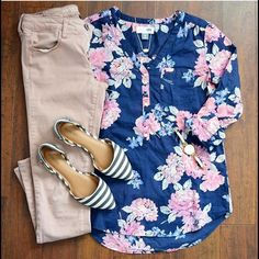 ISO this top!! Size Large please ISO this Tunic!! Size large please Old Navy Tops Tunics