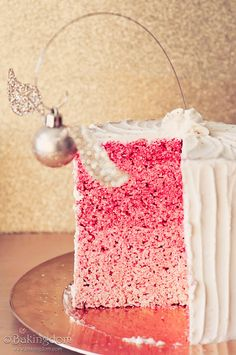 Perfectly Pinterest: A Very Merry Harry Christmas Cake :: THIS NEEDS TO HAPPEN THIS YEAR.
