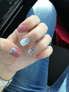 40 Ideas Nails White Tip Glitter Colour For 2019 White Glitter Nails, Red Nails, Love Nails, Pretty Nails, Style Nails, Glitter Paint, Gelish Nail Colours, Pink Nail Colors, Gelish Nails