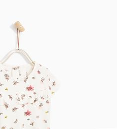 Image 2 of PRINTED T-SHIRT from Zara