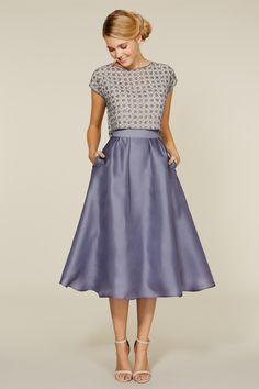 Wedding Outfit Skirt And Top 27 wedding guest dresses for every seasons & style. we've got the best wedding guest dresses from bright to pastel colours dresses and from maxi to mini dresses including high low gowns . Mode Outfits, Dress Outfits, Fashion Outfits, Blue Skirt Outfits, Fashion Women, Dress Clothes, Women's Fashion, Beautiful Dresses, Nice Dresses