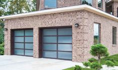 If a contemporary style is what you want, Wayne Dalton's full-view garage doors are a perfect complement to your home's clean, modern look.