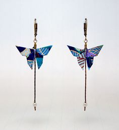 how to make an origami DIY idea, origami jewelry Source by oksbryk Origami Design, Origami Diy, Origami And Quilling, Origami And Kirigami, Origami Paper Art, Origami Love, Origami Jewelry, Origami Butterfly, Paper Jewelry
