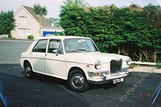 Riley Kestrel 1100 Coventry, Jeep Wallpaper, Morris, Old Classic Cars, Kestrel, Kit Cars, Commercial Vehicle, Wheels, British