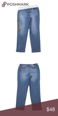 6c89268d61b NEVER WORN - Distressed Blue Levi Jeans 711 skinny jeans. Mid-rise ...