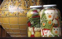 Bödönös savanyúság Pickles, Cucumber, November, Canning, Food, Tips, November Born, Essen, Meals
