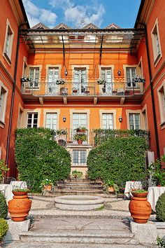 Lovely Hotel on The Promenade of Cannero Riviera, Lake Maggiore it was such a lovely stay and the breakfast....love