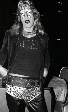 Ace Frehley 1973 Halloween.
