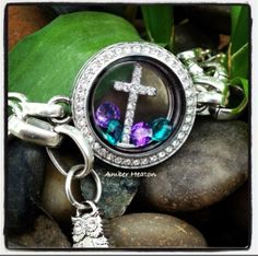 The perfect Easter bracelet!  O2's link locket bracelet with cross window plate and accent stones.  'Like' my FB page https://www.facebook.com/OrigamiOwlByKimberleyPriceReid . If you purchase this bracelet from me let me know and you receive 2 free charms.  Happy Easter!