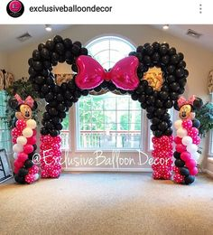 Minnie Mouse Custom Balloon Decor