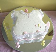 This is same baby shower cake theme but decorated differently.