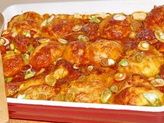 Csirkepörkölt burgonyagombóccal a sütőből - igazi pasi hódító recept! Italian Pasta Recipes, Tomato Juice, The Dish, Macaroni And Cheese, Shrimp, Seafood, Spicy, Bacon, Curry