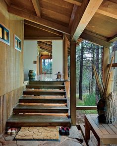 http://www.architecturaldigest.com/decor/2009-04/longstretch_slideshow_slideshow_item1_2
