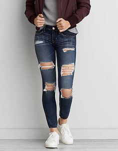 Shop American Eagle for Women's Jeans that look as good as they feel. Find high-waisted, skinny, curvy, cropped & jegging fits in new washes and stretch levels today! American Eagle Jeans, Pantalones American Eagle, American Eagle Outfits, Cute Ripped Jeans, Superenge Jeans, All Jeans, Jeans Size, Ripped Leggings, Blue Leggings
